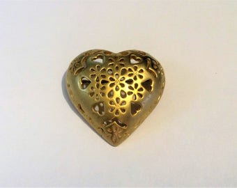 Vintage Gold Tone Heart Pin, Heart Pin, Love Pin, Valentine's Day Pin, Heart Brooch, Brooches, Pins, Vintage Jewelry, Gifts for Her, Vintage