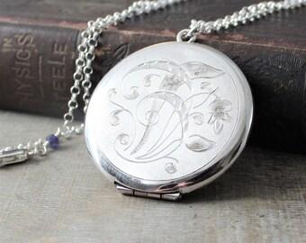 Large Round Locket, Picture Locket, Custom Locket, Sterling Silver Locket Necklace, Silver Photo Locket, Personalized Locket, Push Present