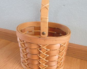 Vintage Woven Basket With Moveable Wood Handle