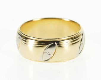 14k Two Tone Rounded Pointed Oval Patterned Band Ring Gold