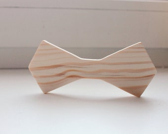 Unfinished wooden bow tie - natural - eco friendly - Pine tree
