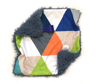 READY TO SHIP Geometric Lovey, Triangles Lovey, Small blanket, Baby Boy, Baby lovey Blanket, Security blanket, Baby Lovey, Minky Lovey