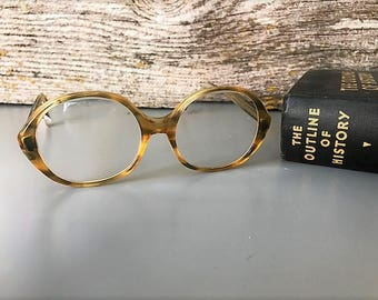 Wonderful Vintage Women's Eyeglasses