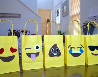 EMOJI PARTY BAGS - Emoji Favor Bags Set of 10, Emoji party, Emoji birthday, Emoji Invitation, Emoji Cake, Emoji party theme, Emoji Favors