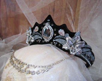 Gothic crown, gothic headdress, dark tiara, dark headdress, costume hadpiece, Evil Queen Crown