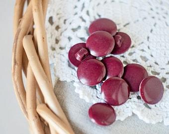 Marsala buttons_small round buttons_set of ten_bordeaux claret red_diameter 17 mm 0.7''_shank buttons_vintage retro plastic buttons