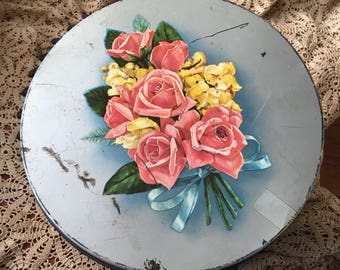 Hidden In Her Vintage Large Rose Tin Were Her 1940s and 1950s Buttons