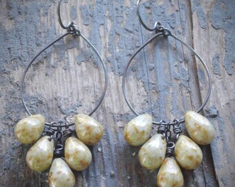 pale green vintage picasso cluster hoop earrings. czech glass drops & oxidized sterling silver.