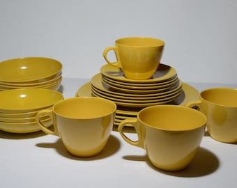 Vintage, Dinnerware for 4, MELMAC, by MAPLEX Toronto & Sunrise, Mustard yellow, Plate,Bowl,Teacup,Mid century, Hard Plastic, Melamine,24 mcx