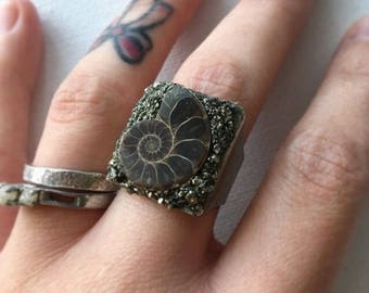 Ammonite and Pyrite adjustable ring