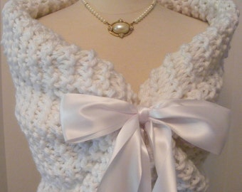 Wedding Shawl/White Shawl/Bridal Shawl/Spring Wedding/Summer Wedding/White Wedding/Bridal Cover Up/White Wedding Shawl/Fall Wedding