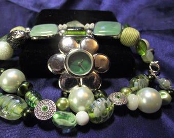 Geneva Green Watch with 2 Bands Stone & Glass **** B100-B058