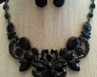 Stunning Black Rhinestone Victorian Bridal Bib Necklace and Earring Set...Wedding / Bride / Bridal