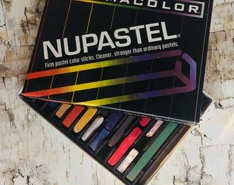 12 hard pastels nupastel, prismacolor brand