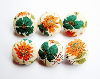 Sewing Buttons / Fabric Buttons - Green and Orange Floral - 6 Small Fabric Buttons Set