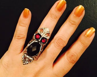 Owl ring, owl jewelry,owls,crystal owl ring, silver color filigree,adorned with a owl charm on top,crystal body and red crystal eyes.