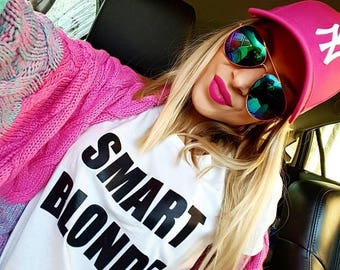 SMART BLONDE T-SHIRT / Premium Quality ! - Made in London / Fast Delivery to the Usa , Canada , Australia & Europe !