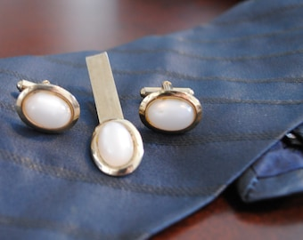 Vintage Opalescent Cuff Links and Tie Clip