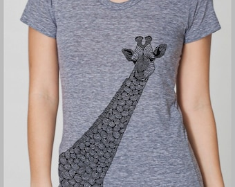 Women's Graphic Tee Giraffe T Shirt American Apparel Animal Tee S, M, L, XL  8 COLORS fall outfit hand drawn nature