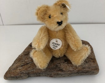 Steiff club bear, 1997, mohair.