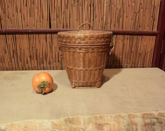 Chinese Bamboo Round Basket Bucket With Lid
