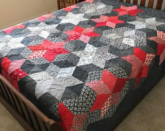 """Oh My Stars Queen Size Quilt 92"""" x 99"""" in Reds and Grays"""