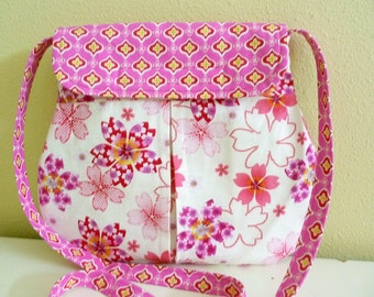 Pink and Cream Asian Floral Print Pleated Hipster Bag, Crossbody Purse