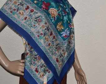 """Vintage polyester scarf Floral Scarf Ukrainian style Head Scarf, Russian Style Shawl Vintage Large Shawl 44""""x 44"""" made in Italy NOS NWT"""