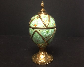 """Green Floral and Gold Faberge Musical Egg - Tchaikovsky - Dance of the Reed Pipes 5.25"""" High"""