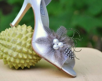 Shoe Clips Set Classy Feather & Pearls. Wedding Day Bride Bridal Bridesmaid Couture, Feathered Statement Stunning, Spring StyleMePretty.Com
