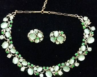 Rare Green Coro Vintage Necklace and Earrings Set - 1950s cabochon cats eyes rhinestones crystals