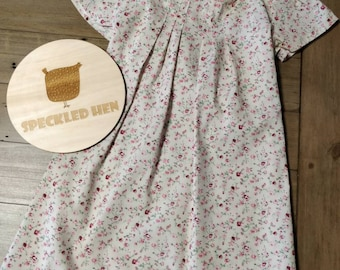 Sweetheart Dress Size 5 Small Flowers Tie Back with Pleats