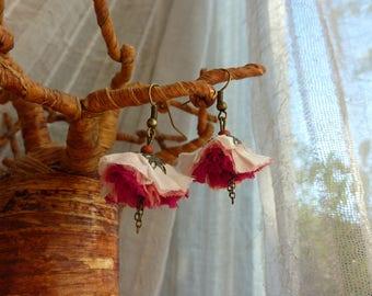 Silk sari fabric 3 Flower Earrings pink vintage bronze