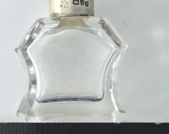 Victorian  Scent Bottle . Sterling Perfume Bottle . Flacon . Potion Bottle.  c 1800  No.1974 cs