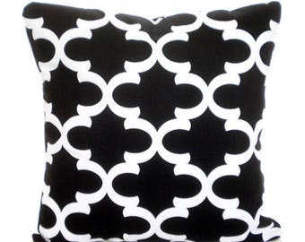 Black Decorative Throw Pillows Quatrefoil Cushion Covers All Sizes Black White Moroccan Cushions Couch Pillows Bedding Home Decor Accent