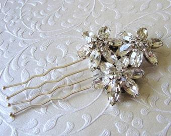 Rhinestone Wedding Hair Comb Jeweled Flower Bouquet Bridal Headpiece Elegant Bride Vintage Jewelry Accessory Ballroom Pageant Formal Prom