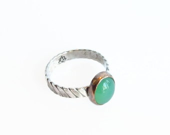 Green CHRYSOPRASE OVAL, Mixed Metal Stack Ring, Rustic stack Ring, Hammered Ring, Silver and Copper Stack Ring, Statement Ring,boho Ring