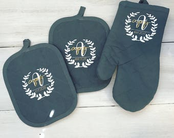 Custom Monogrammed Hot Pad Set