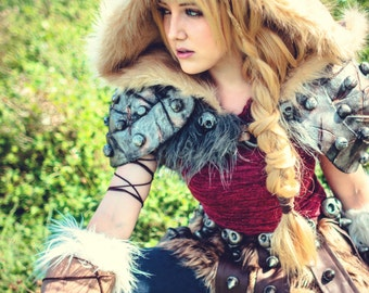 Astrid hofferson etsy astrid how to train your dragon 2 cosplay print ccuart Image collections