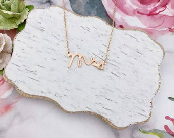 Rose Gold Mrs Dainty Necklace