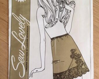 Vtg 70s Sew Lovely Lingerie Pattern S700 Ladies Half Slip