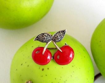 Cherry Pin, Vintage Pins, Fruit Pin, Vintage Brooch, Cherry Brooch, Pin Up Pin
