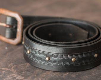 Hand crafted leather belt (dark brown)