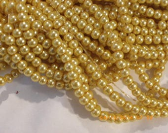 50 beads Pearl yellow Pearlized Glass 8 mm light beige