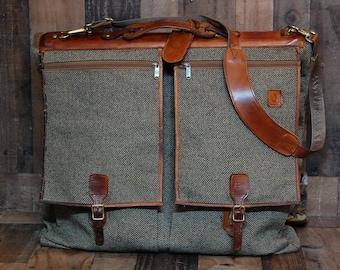 Vintage Tweed Leather Hartmann Garment Bag, vintage Hartmann luggage, Hartmann suitcase, leather and tweed luggage, good condition , clean