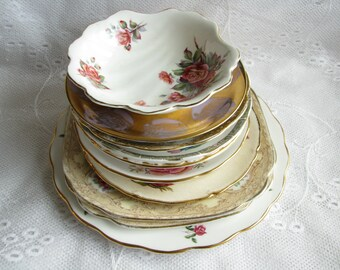 Vintage Mismatched china Mismatched plates Craft plates Craft china Damages plates Jewelry supplies Tea party Cake plate Saucer set