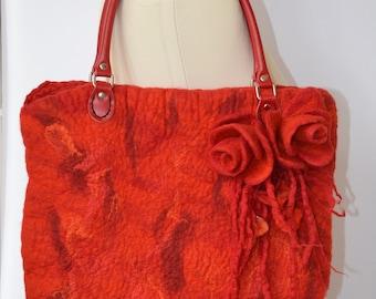 Orange felt bag. Orange felted bag.  Felt tote bag. Hand felted wool tote bag. Merino wool felted bag Felted hand bag.  Orange felted purse.