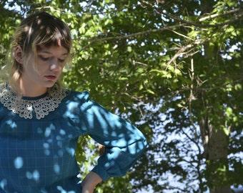 Pretty 1980's Crochet Collar Blouse  Med