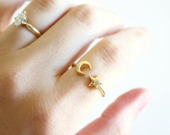 Moon and star ring - minimalist ring - boho ring - adjustable ring - stacking ring - celestial ring - moon ring - star ring -