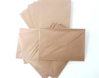 Set kraft 16 pieces: 8 folded cards, A6, C6, rectangular format and 8 envelopes